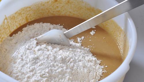 stir_flour