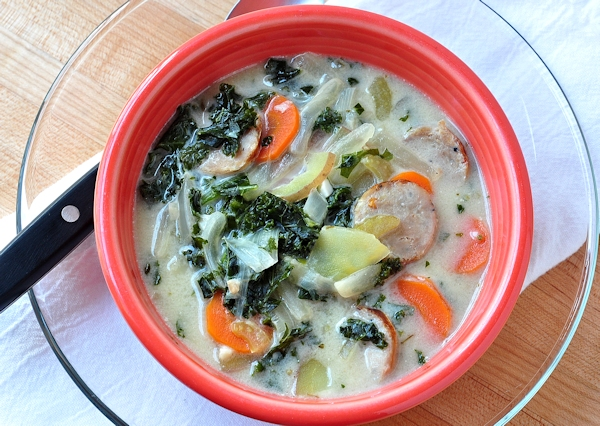 bowl_kale_spicy_sausage_soup