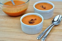 ramekins of creamy tomato bacon soup