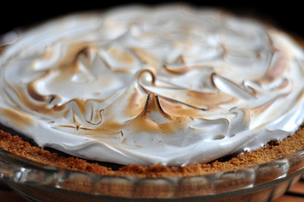 s'more chocolate pie