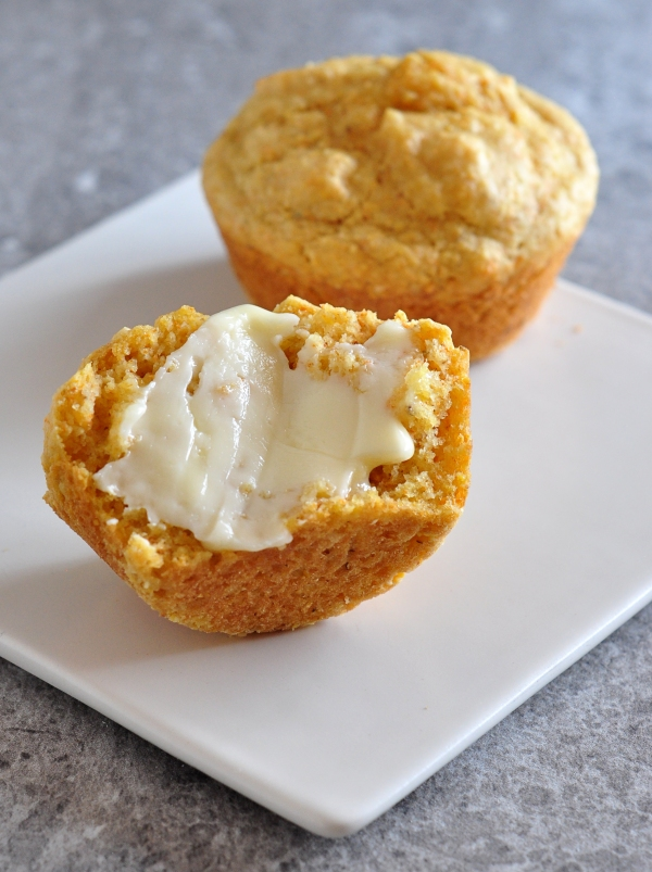 Buttery Yum - Soft Cornmeal Muffins on The Creekside Cook